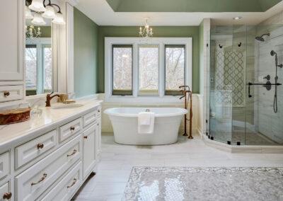 The Bluffs Master Bath